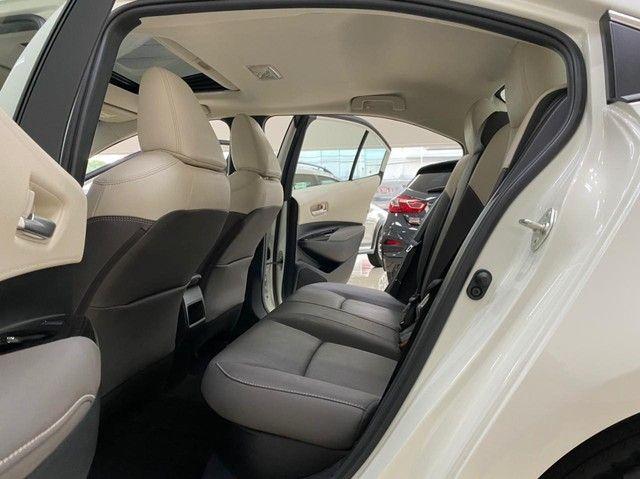 Corolla Altis Hybrid Premium 20/21 5.600 km ! - Foto 9