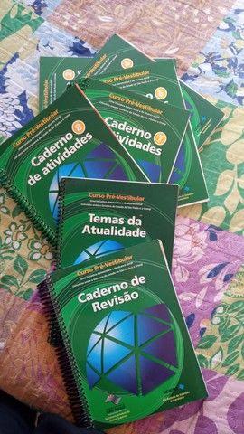 Livros Variados a doar - Foto 6