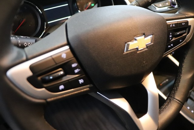 Chevrolet Onix PLUS 1.0 PREMIER 2 4P - Foto 11