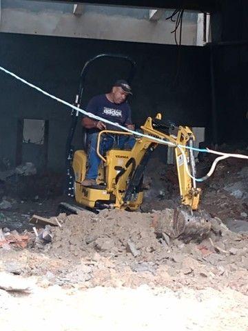 Demolição Caminhão basculante + bobcat + Mini escavadeira , retirada de entulho ou terra - Foto 6