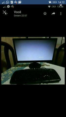 Monitor e teclado