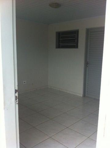 Kitnet em São Sebastião com 1 quarto separado (Agua e luz incluso)