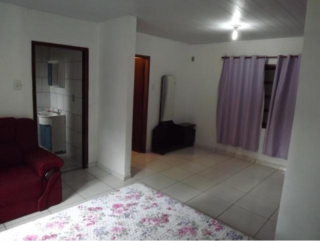 Sobrado central na Praia c/ 03 suítes mais 04 dormitórios! Ideal para aluguel de quartos - Foto 4