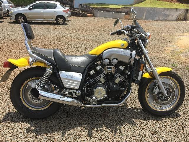 Yamaha V-max 1200cc 145Cv (com V-Boost)