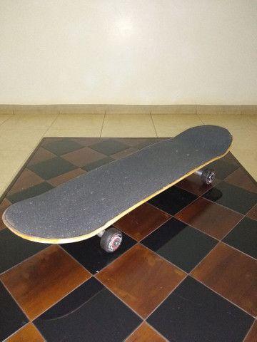 Skate profissional usado (conservado)