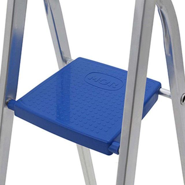 Escada Aluminio 8 Degraus MOR - 005106