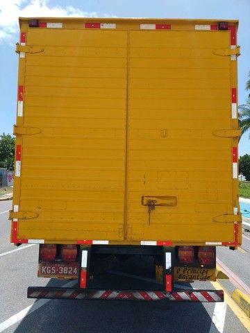 Vende-se caminhão baú Fiat 80 - Foto 4