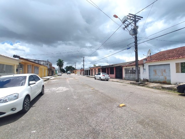 Conj Pedro Teixeira - Casa 220 m², 02 Quartos, 03 Vgs, C/ Quintal (Ñ financia) - Foto 16