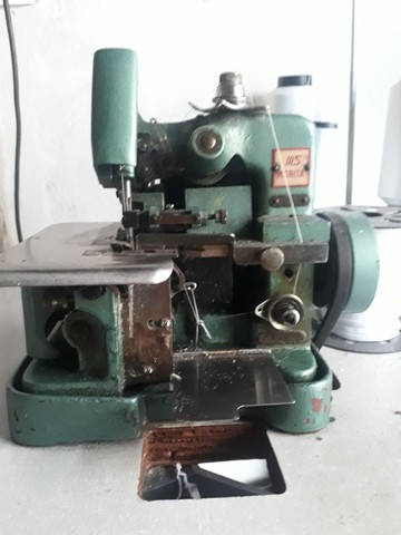Máquina Overlok profissional  - Foto 3