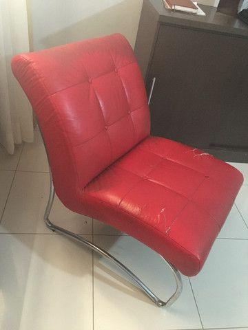 Sofá Poltrona Vermelha Pés Inox - Foto 3