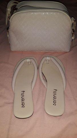 Vendo bolsa com a sandália