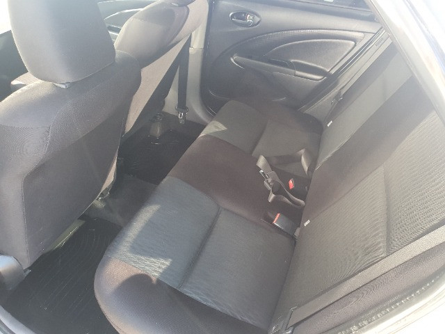 Etios xs sedan 1.5 gnv 100% financiado pelos bancos - Foto 8