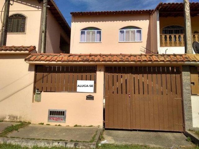 Casa duplex com 3 quartos e garagem em Iguaba Grande - Aluguel