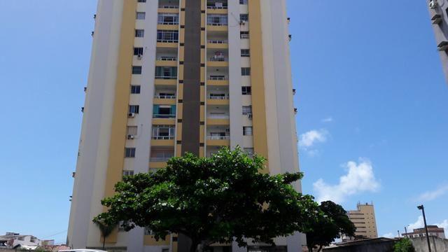 Excelente Apartamento no Prado em frente à Praça da Faculdade