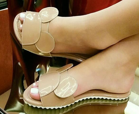 Sapatos no atacado