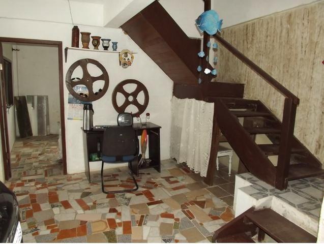 Sobrado central na Praia c/ 03 suítes mais 04 dormitórios! Ideal para aluguel de quartos - Foto 15