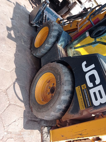 Vendo jcb Mini retrô