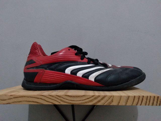 Tenis de futebol Adidas - Foto 2