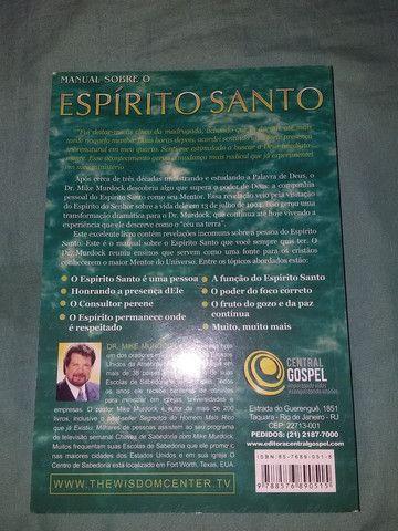 Livro manual sobre o Espírito Santo - Foto 2