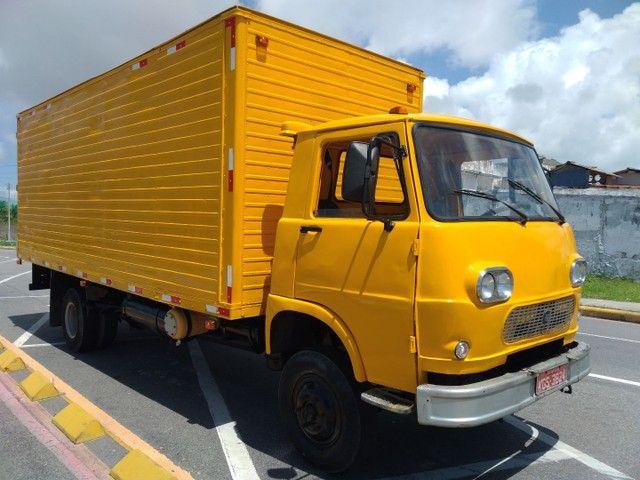 Vende-se caminhão baú Fiat 80 - Foto 5