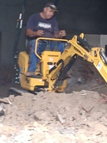 Demolição Caminhão basculante + bobcat + Mini escavadeira , retirada de entulho ou terra - Foto 5