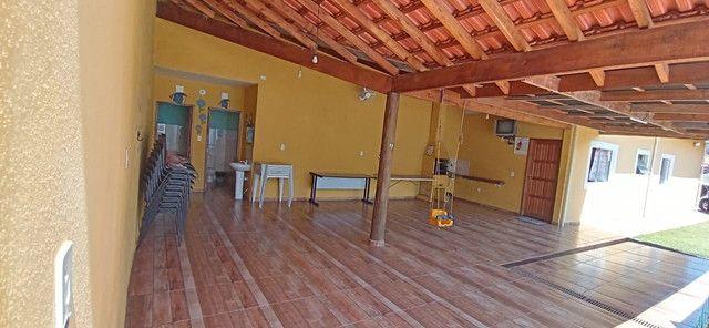 Alugo Casa com Piscina e area Verde  - Foto 2