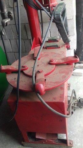 Desmontadora de pneus da marca Eldmont  R$  2.900,00 - Foto 2