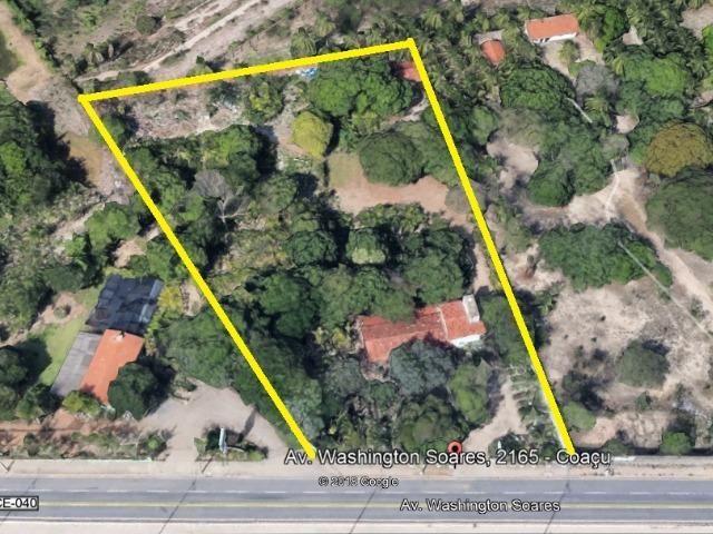 TE0409 Terreno na Avenida Washington Soares, 9.035m² na pista, casa duplex - Foto 2