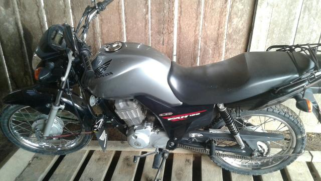 Moto fan 125 a pedal 28 mil rodado ano 2015
