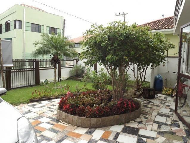 Sobrado central na Praia c/ 03 suítes mais 04 dormitórios! Ideal para aluguel de quartos - Foto 19
