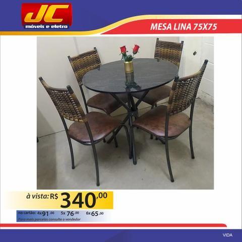 Mesa Lina com 4 cadeiras. Montagem grátis