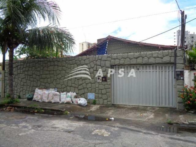 Casa à venda com 4 dormitórios em Vicente pinzon, Fortaleza cod:FTCA40002
