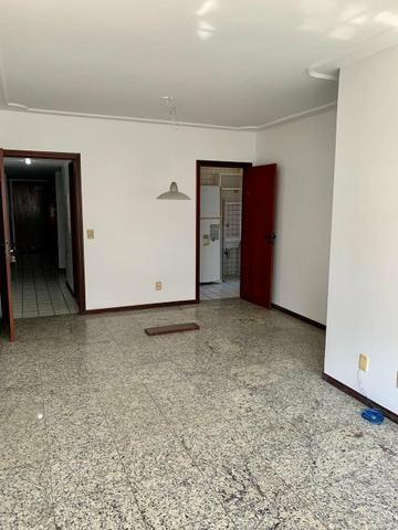 Vendo Apartamento - Na Ponta Verde - Foto 9