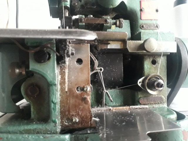 Máquina Overlok profissional  - Foto 4