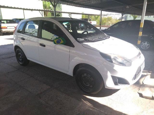 Fiesta Hatch Rocam Branco Único dono em excelente estado - Foto 7