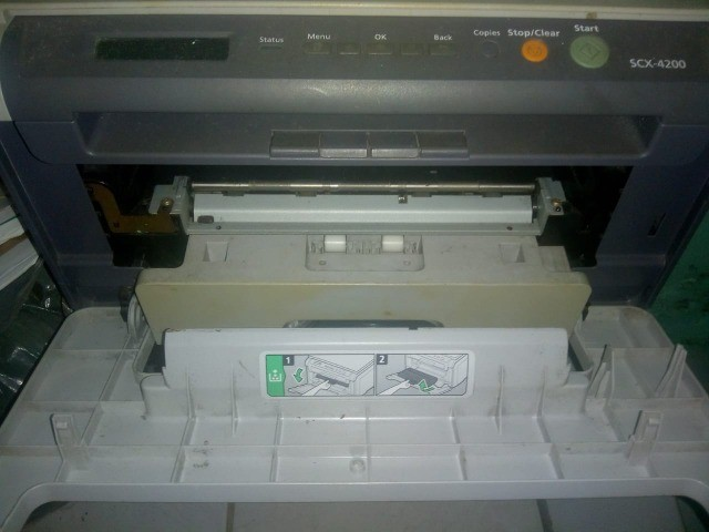Impressora laser Samsung  scx4200 c/cartucho. - Foto 4