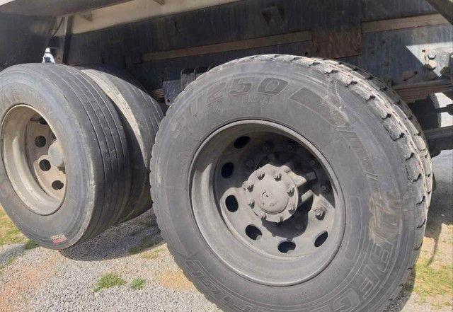 Caminhão ford cargo 2428 120mil - Foto 3