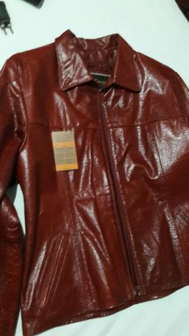 Vende-se jaqueta de couro