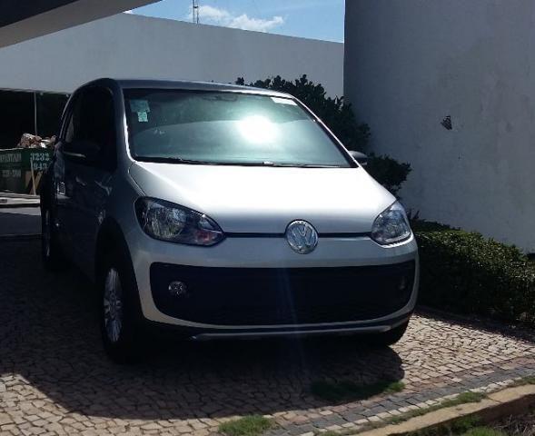 Volkswagen Up Track Prata