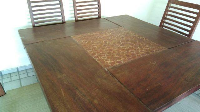 Mesa Rústica com 6 cadeiras de Madeira Maciça