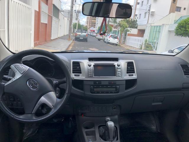 Hilux Toyota SRV 4x4 - Foto 3