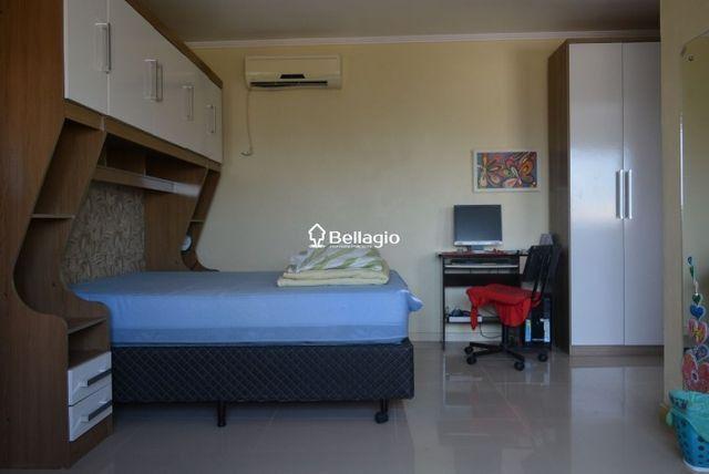 Casa com 4 dormitórios, vaga para 3 automóveis, hidromassagem e piscina - Foto 8