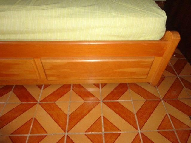 Cama de madeira maciça - Foto 4