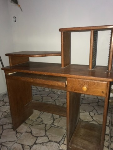 Escrivaninha / Mesa de computador em Angelim  - Foto 4