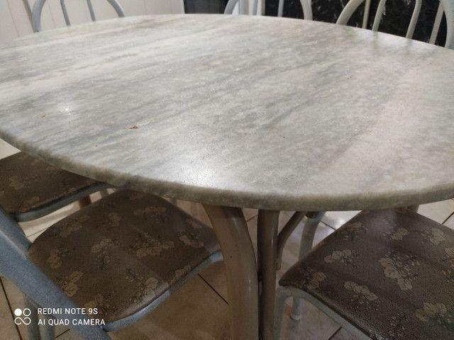 Vendo mesa de 6 cadeiras  - Foto 4