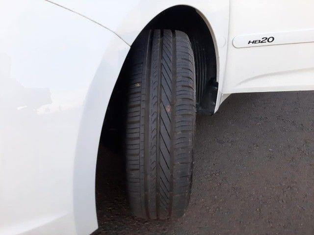 Hyundai HB20 1.6 Hatch Flex Completo 2013 + Pneus novos - Foto 4