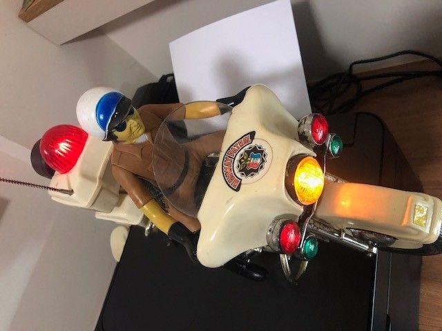 brinquedo motocicleta Patrulheiro Chips - Foto 3