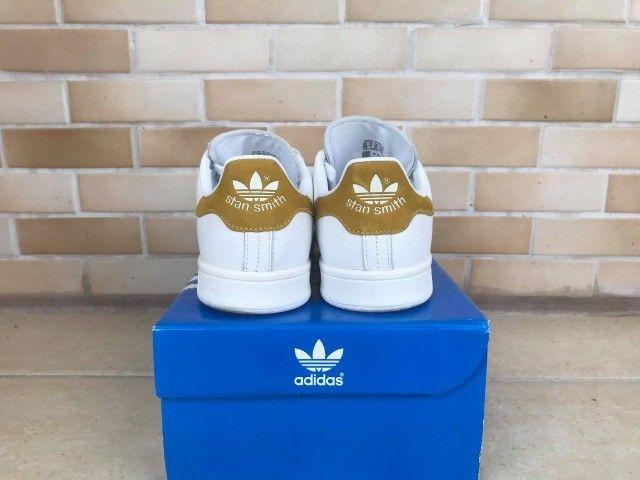 Tênis Adidas Originals Stan Smith - Tam. 38 - Foto 4