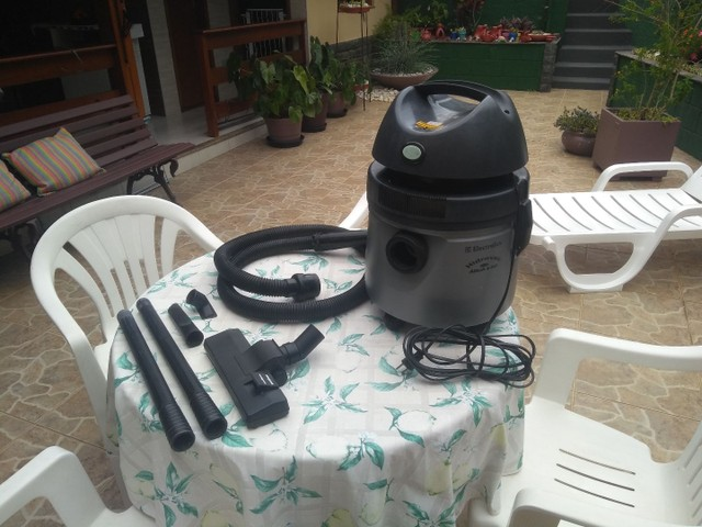 Aspirador de pó /água eletrolux 220v - Foto 5