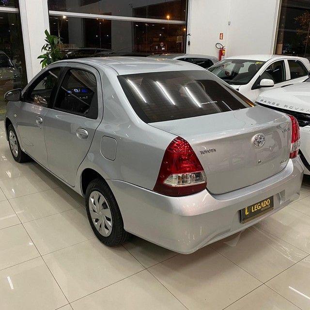 Toyota Etios XS 1.5 Sedan 2018 - Foto 10